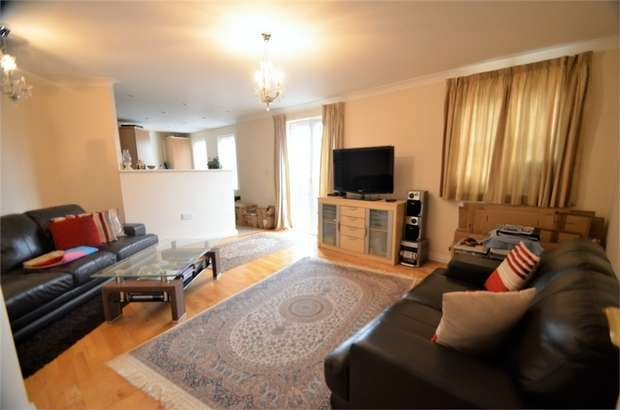 2 Bedrooms Flat for sale in Shillingford Close, Mill Hill, NW7