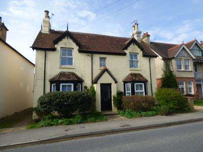 1 Bedroom Flat for sale in Liss, Hampshire