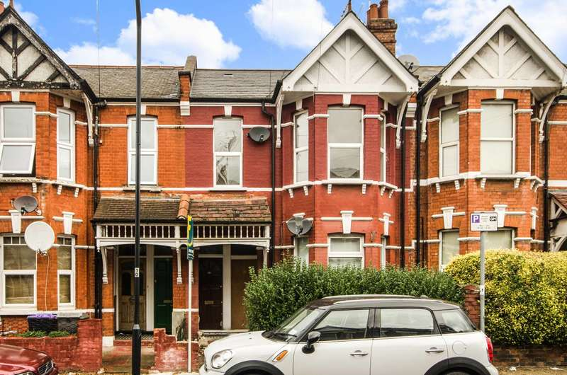 3 Bedrooms Flat for sale in Temple Road, Cricklewood, NW2