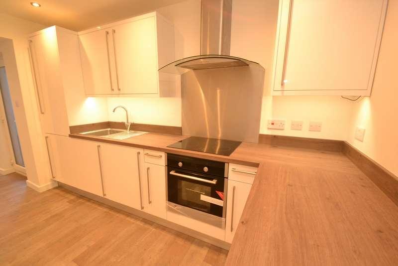 1 Bedroom Flat for sale in Pokesdown