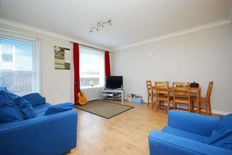 1 Bedroom Flat for sale in Ares Court, Isle Of Dogs, E14