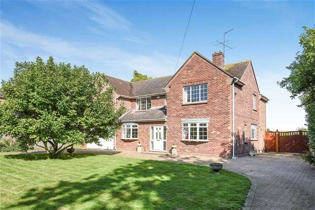 5 Bedrooms Detached House for sale in Green End Road, Great Barford