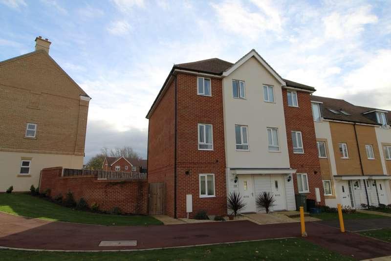 4 Bedrooms Town House for sale in Top Fair Furlong, Redhouse Park, Milton Keynes