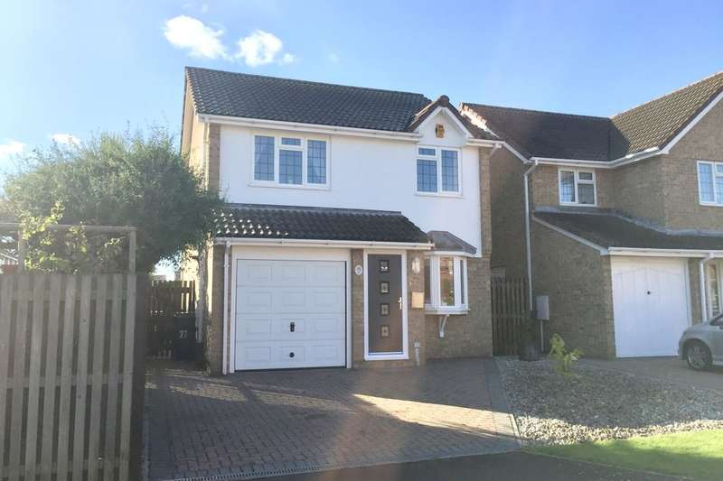 3 Bedrooms Detached House for sale in Boston Close, Eastbourne, BN23