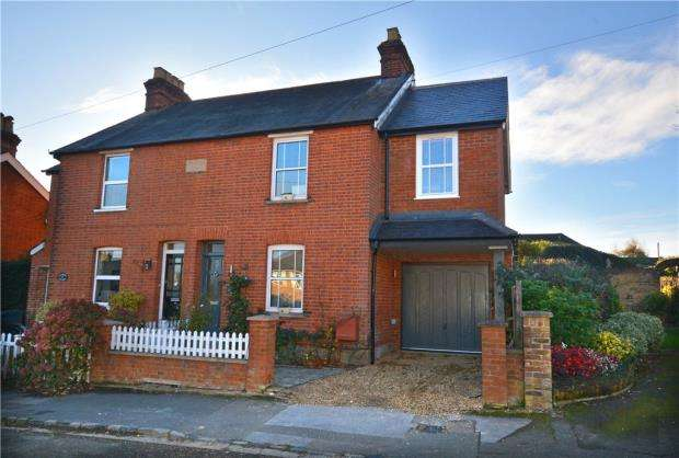 3 Bedrooms Semi Detached House for sale in Albion Road, Chalfont St. Giles, Buckinghamshire