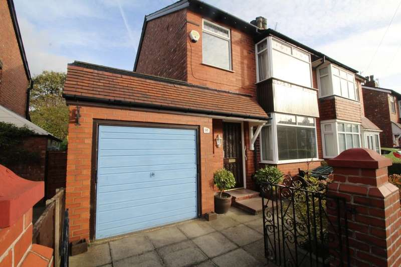 3 Bedrooms Semi Detached House for sale in Borth Avenue, Stockport, SK2