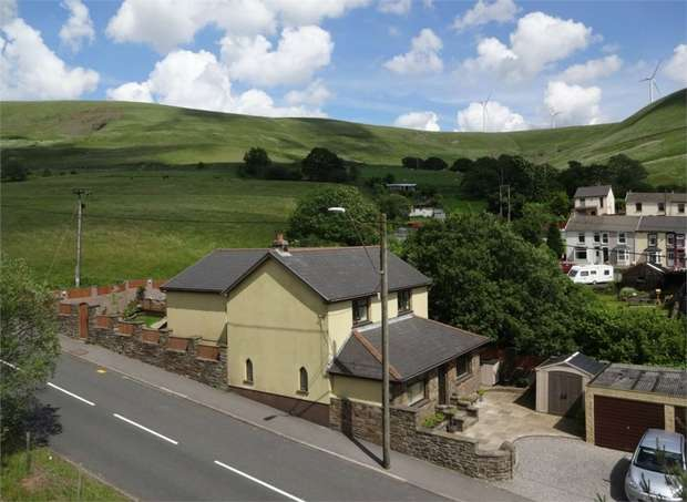 5 Bedrooms Detached House for sale in Stormy Lane, Nantymoel, Bridgend, Mid Glamorgan