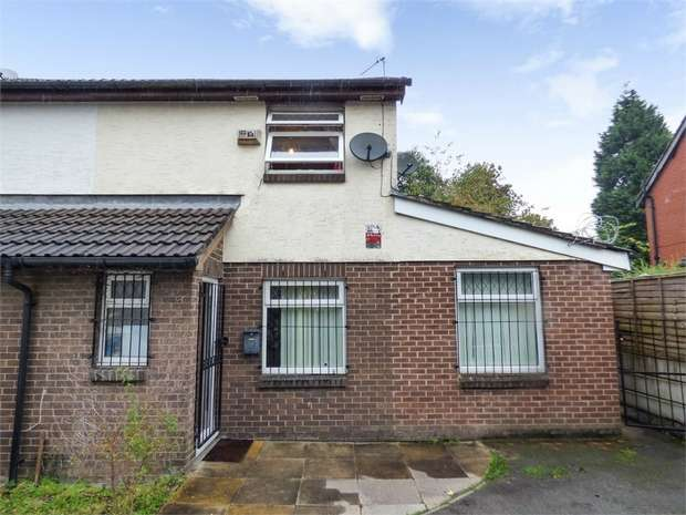 2 Bedrooms Semi Detached House for sale in Foxley Walk, Manchester