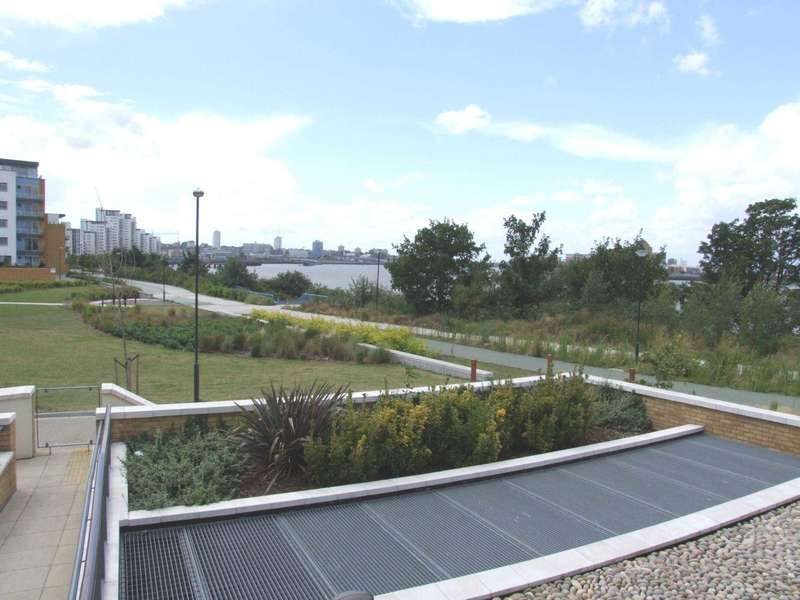 1 Bedroom Apartment Flat for sale in Tideslea Path, Thamesmead West, SE28 0NH