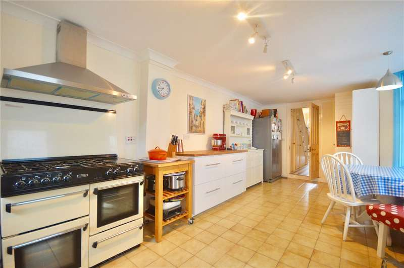 3 Bedrooms House for sale in Durham Road, East Finchley, London, N2