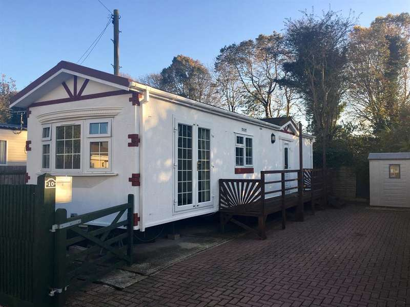 1 Bedroom Mobile Home for sale in Dinsdale Fields, New Road, Rustington, BN16 3RQ