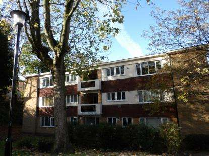 1 Bedroom Flat for sale in Minster Court, Church Road, Moseley, Birmingham