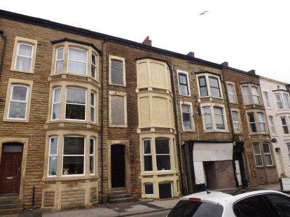 2 Bedrooms Flat for sale in Alexandra Road, Morecambe, Lancashire, United Kingdom, LA3