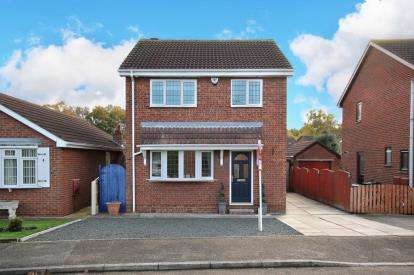 3 Bedrooms Detached House for sale in Meadowfield Road, Barnby Dun, Doncaster