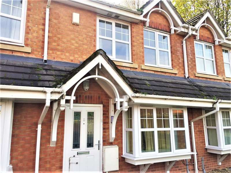 3 Bedrooms Semi Detached House for sale in Stephen Oake Close, Manchester, M8 8AZ