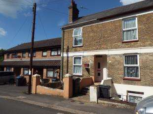 3 Bedrooms Terraced House for sale in Hillside Road, Dover, Kent