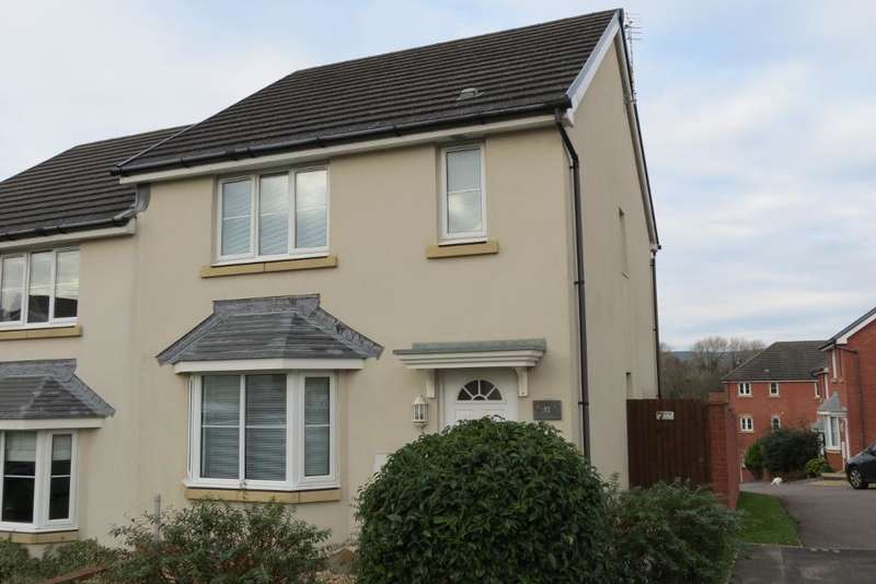3 Bedrooms Semi Detached House for sale in Skylark Road, North Cornelly, Bridgend, CF33 4PD