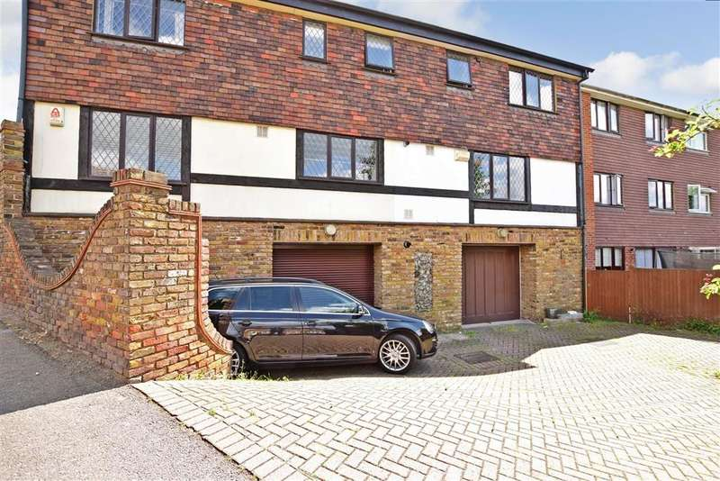 2 Bedrooms Semi Detached House for sale in Broad Lane, Dartford, Kent