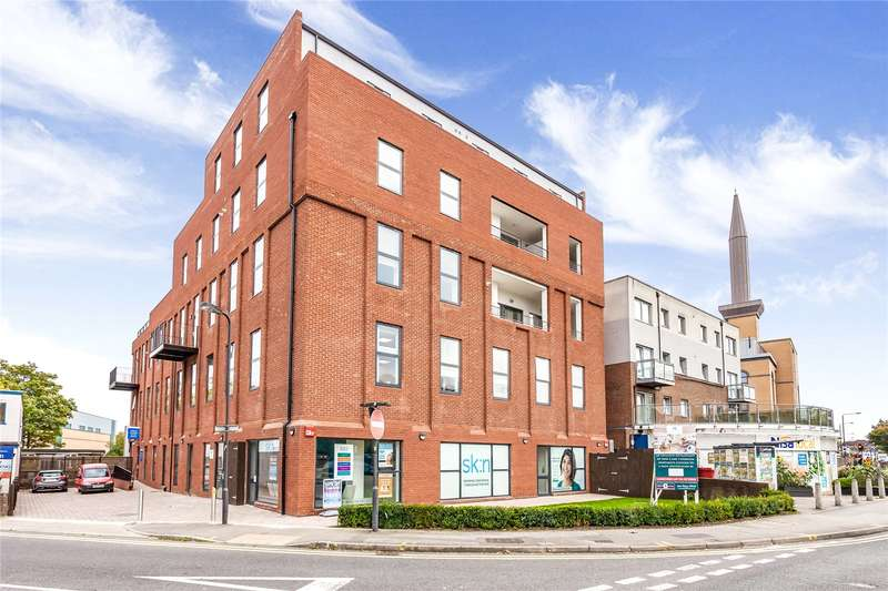 3 Bedrooms Flat for sale in Station Road, Harrow, Middlesex, HA1