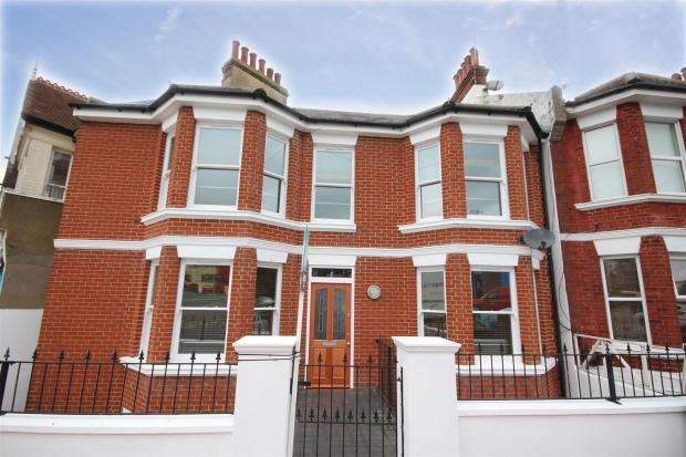 4 Bedrooms End Of Terrace House for rent in Balfour Road, Brighton, East Sussex, BN1 6NA