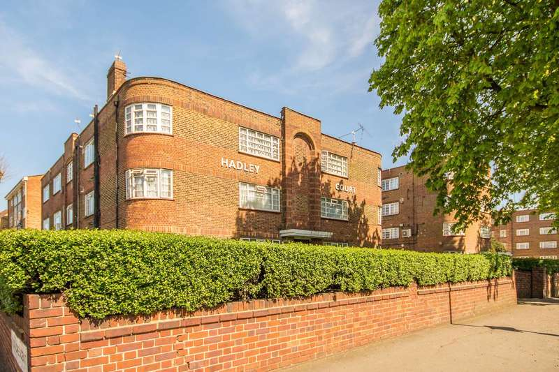 2 Bedrooms Flat for sale in Cazenove Road, Stoke Newington, N16