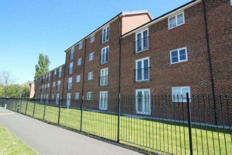 2 Bedrooms Flat for sale in Lawnhurst Avenue, Wythenshawe, Manchester, M23