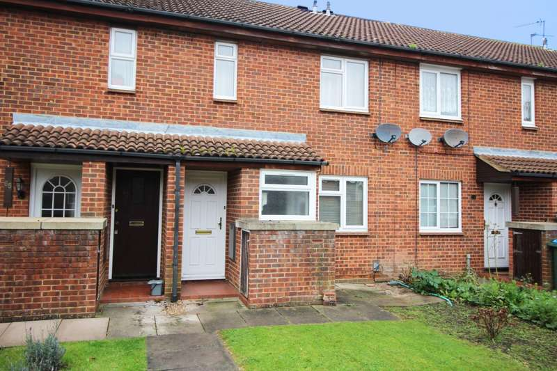 1 Bedroom Flat for sale in Coppice Way, Aylesbury, HP20