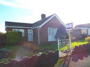 2 Bedrooms Bungalow for sale in Housefield, Willesborough, Ashford, Kent