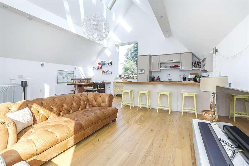 4 Bedrooms Detached House for sale in Kidbrooke Gardens, London, SE3