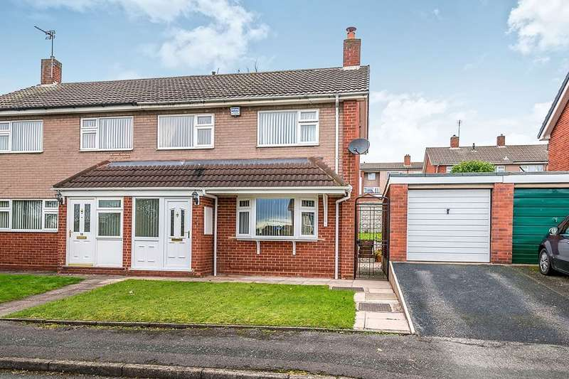 3 Bedrooms Semi Detached House for sale in Oriel Close, Cannock, WS11