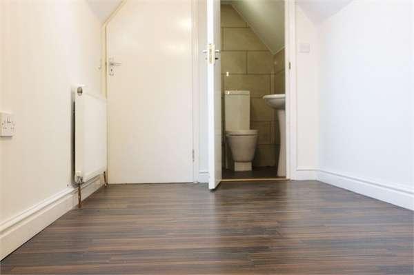 3 Bedrooms Flat for sale in Kenton Road, Harrow, Greater London