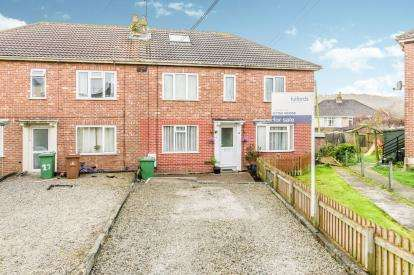 2 Bedrooms Flat for sale in Plymstock, Plymouth, Devon
