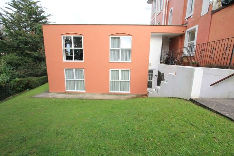 2 Bedrooms Ground Flat for sale in Higher Erith Road, Torquay