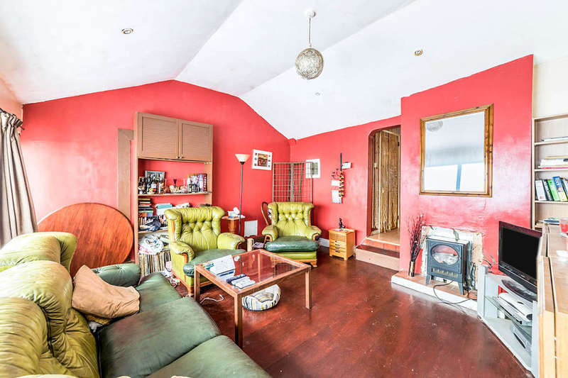 1 Bedroom Bungalow for sale in Addington Street, Ramsgate, CT11