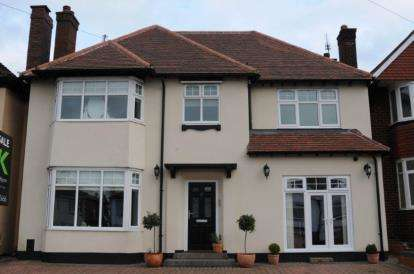 5 Bedrooms Detached House for sale in Bustleholme Lane, West Bromwich, West Midlands