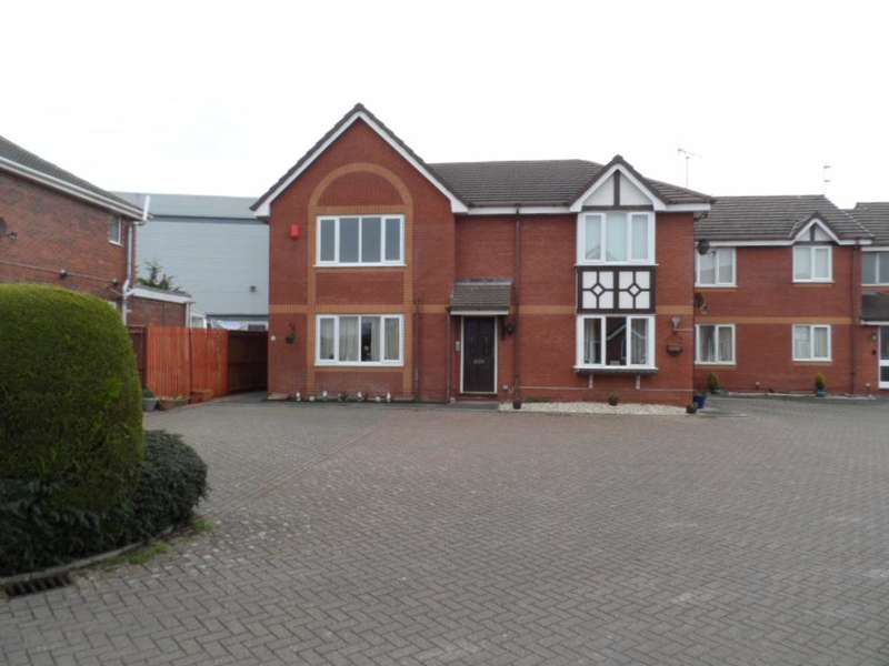 2 Bedrooms Flat for sale in Scott Mews, Blackpool, FY4 4YJ