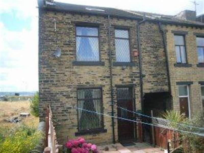 2 Bedrooms Terraced House for sale in Armstrong Street, Bradford , BD4