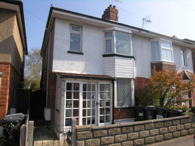 4 Bedrooms House for rent in 4 bedroom House in Moordown