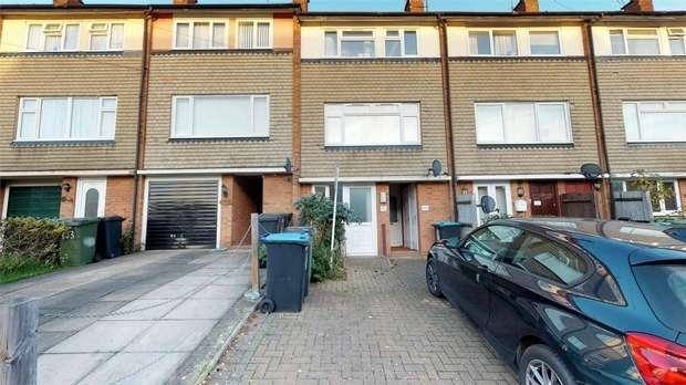 1 Bedroom Maisonette Flat for sale in Ebberns Road, Apsley, Hemel Hempstead, Hertfordshire