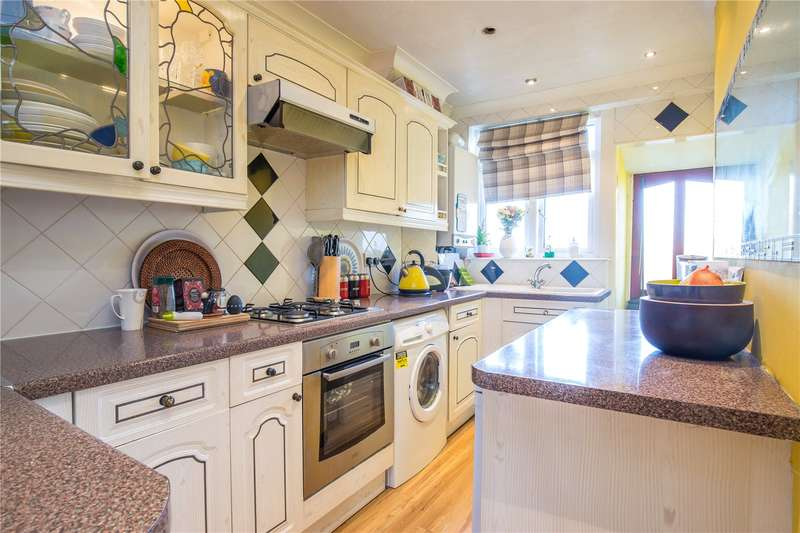 2 Bedrooms Maisonette Flat for sale in Oakleigh Road North, Whetstone, London, N20