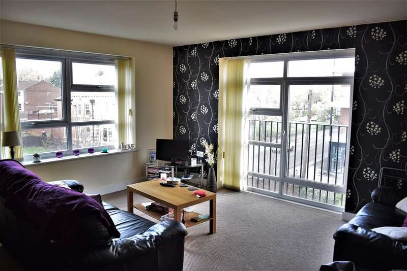 2 Bedrooms Apartment Flat for sale in Renolds House, Everard Street, Salford, M5 4UB