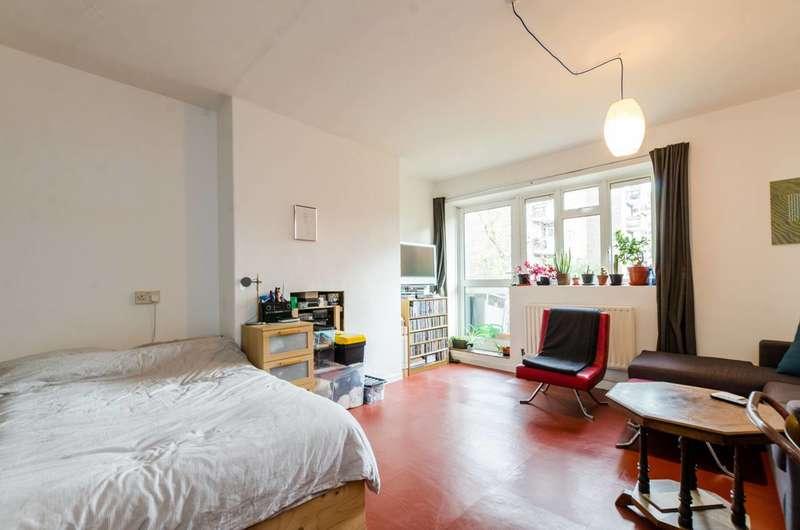 Studio Flat for sale in Crawford Estate, Camberwell, SE5