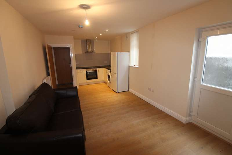 1 Bedroom Flat for rent in Mackintosh Place, Roath, Cardiff