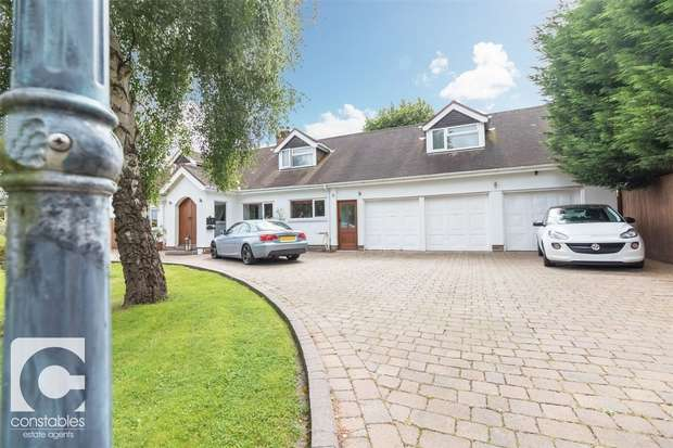 5 Bedrooms Detached House for sale in Chester Road, Heswall, Wirral, Merseyside