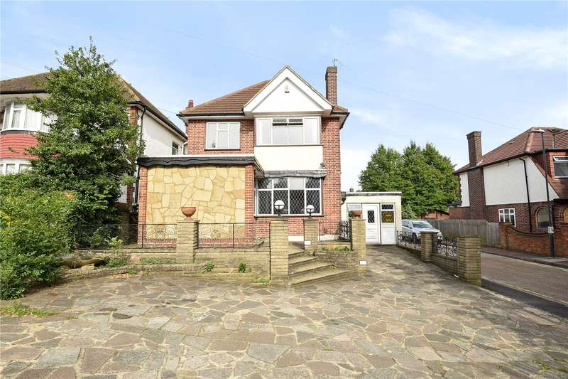 3 Bedrooms Detached House for sale in High Road, Harrow, Middlesex, HA3