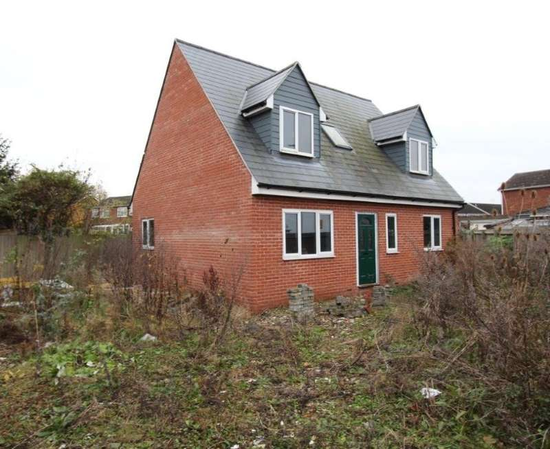 3 Bedrooms Detached House for sale in Bury Close, Marks Tey, Colchester, Essex, CO6 1LE