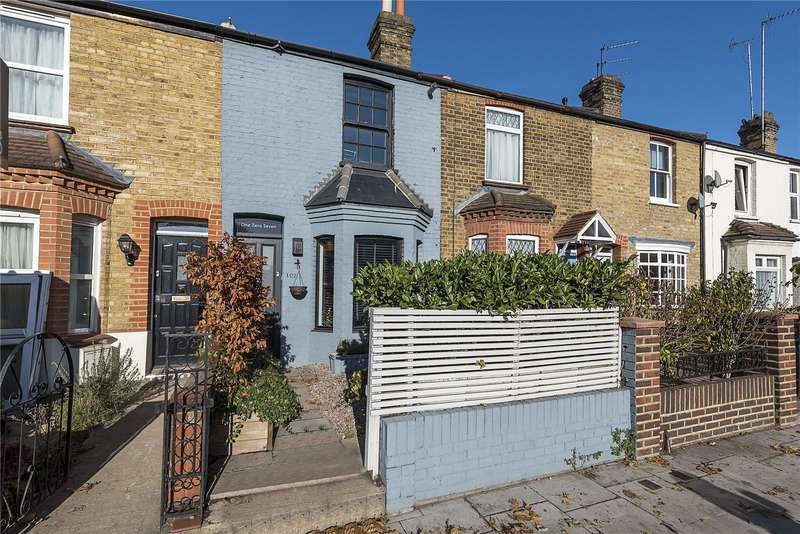 3 Bedrooms Terraced House for sale in Lower Mortlake Road, Richmond, TW9