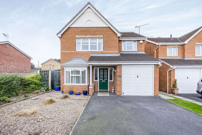 4 Bedrooms Detached House for sale in Northfield Drive, South Kirkby, Pontefract, WF9