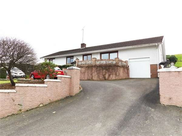 3 Bedrooms Detached Bungalow for sale in Tremle, Cribyn, Lampeter, Ceredigion