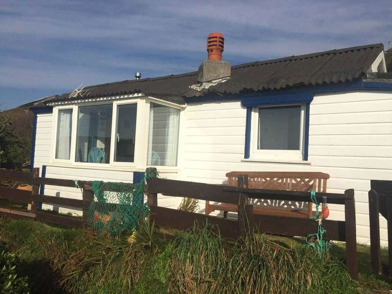 2 Bedrooms Chalet House for sale in Freathy Cliff, Whitsand Bay